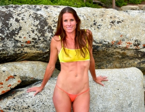 SofieMarieXXX/SM_ww_yellow_orange_mesh_rocks_tahoe